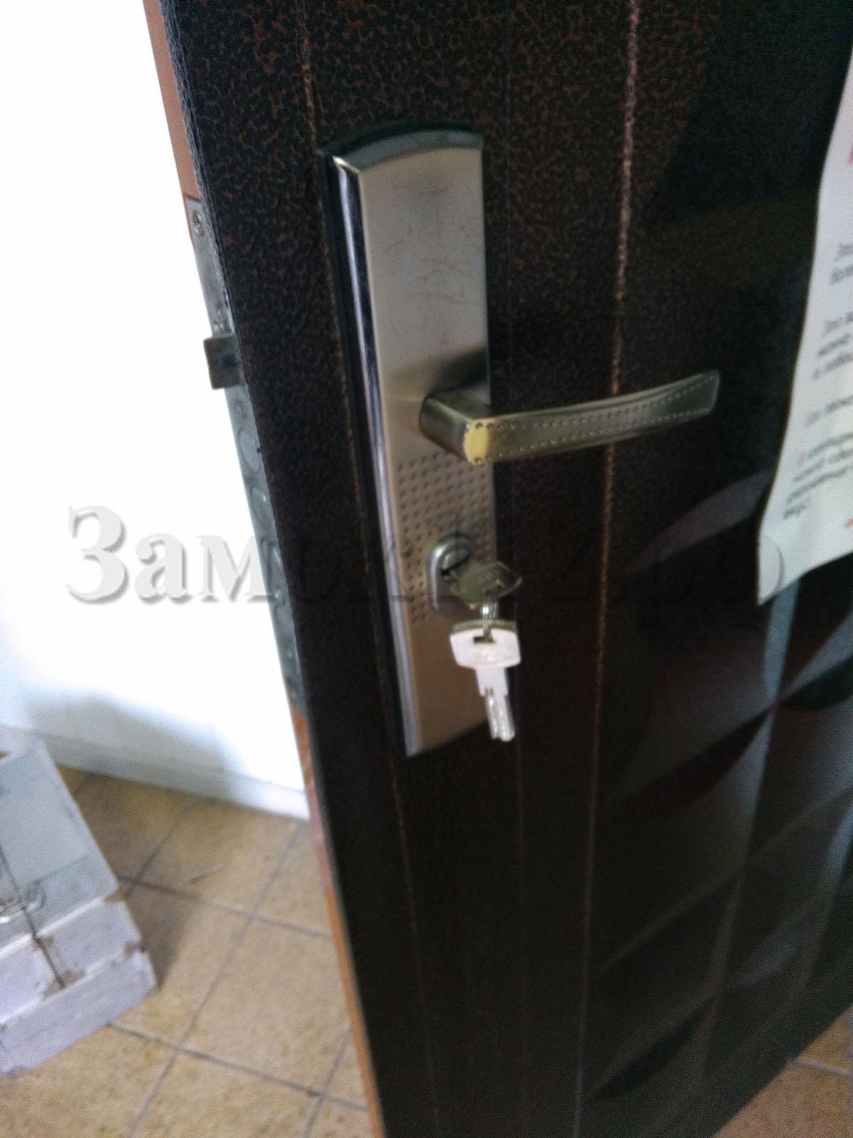 вскрыть замок входной двери