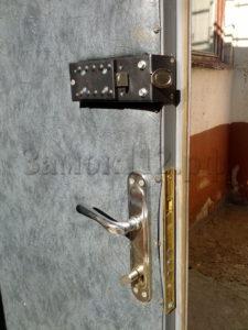 замена замков в металлической двери с выездом цена