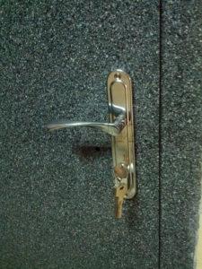 заменить замок входной двери белгород