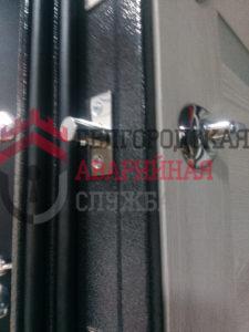 установить задвижку в железную дверь белгород