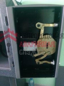 ремонт-сейфа-регильной-системы
