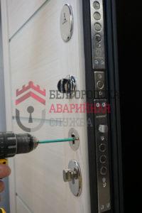 ремонт-входной-металлической-двери